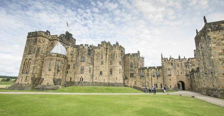 Alnwick Castle-02.jpg