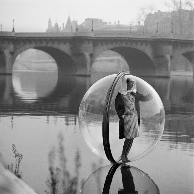 *Retro pixies live in bubbles*