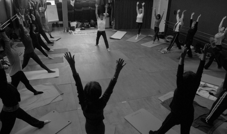 stage yoga14