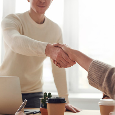 Bonnes pratiques de remerciement après un entretien d'embauche