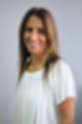 שרון שייך מנהלת משרד ואחראית קשרי לקוחות