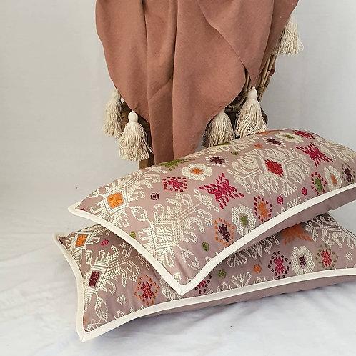Ava Cushion