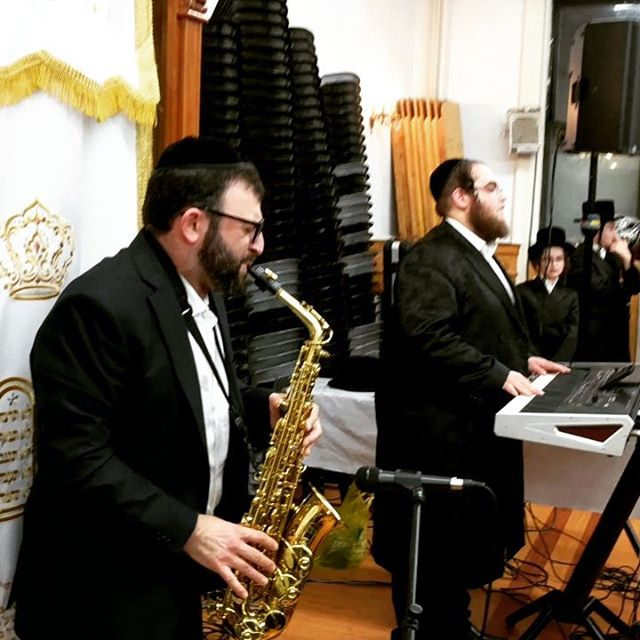 #sukkos #williamsburg #jewishmusic #chabad #altosax #ethnicmusic