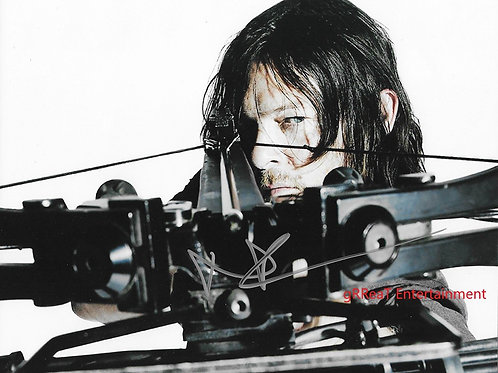 Norman Reedus autographed 10 in x 8 in photo