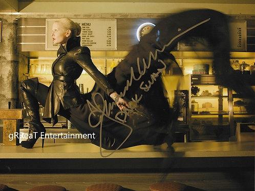 Jennifer Morrison autographed 10 in x 8 in. Photo