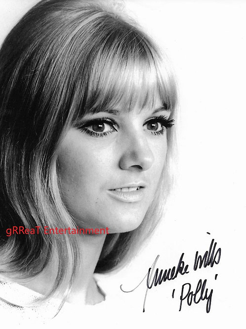 Anneke Wills autographed 8 in x 10 in photo