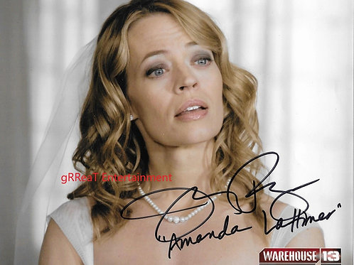 Jeri Ryan autographed 10 in x 8 in photo