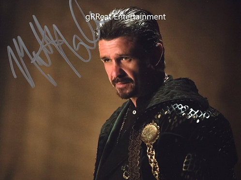 Matt Nable autographed 10 in x 8 in photo
