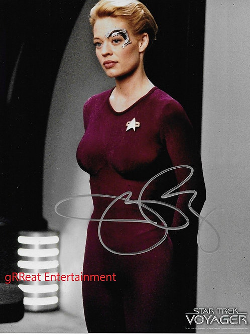 Jeri Ryan autographed 8 in x 10 in. Photo