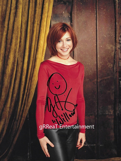 Alyson Hannigan autographed 8 in x 10 in photo