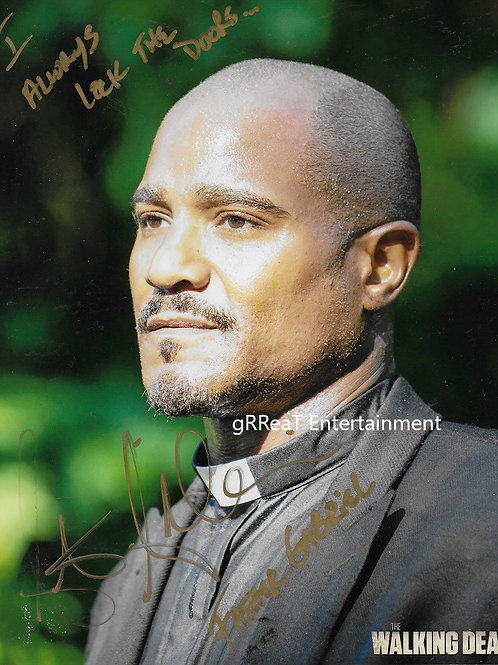 Seth Gilliam autographed 8 in x 10 in photo