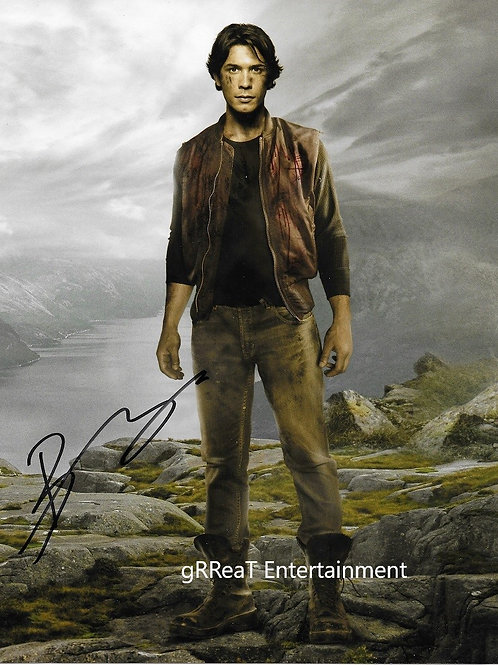 Bob Morley autographed 8 in x 10 in photo