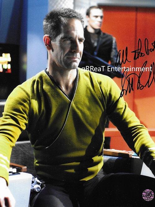 Scott Bakula autographed 8 in x 10 in photo