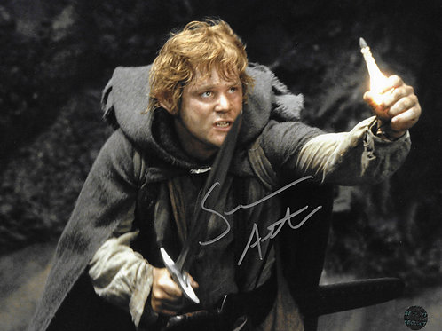 Sean Astin autographed 10 in x 8 in photo