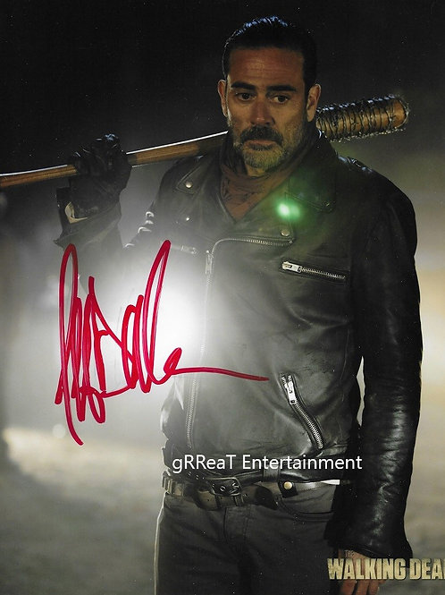 Jeffrey Dean Morgan autographed 8 in x 10 in photo
