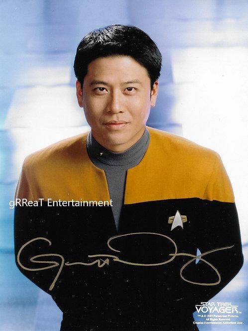 Garrett Wang autographed 8 in x 10 in photo