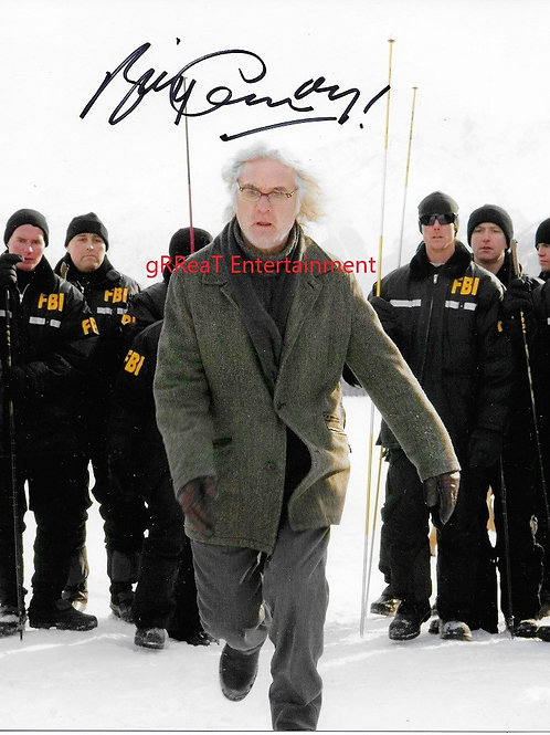 Billy Connolly autographed 8 in x 10 in photo