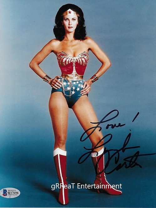 Lynda Carter autographed 8 in x 10 in. Photo