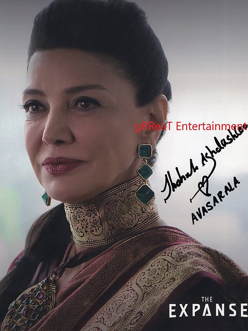 Shohreh Aghdashloo autographed 8 in x  10 in photo