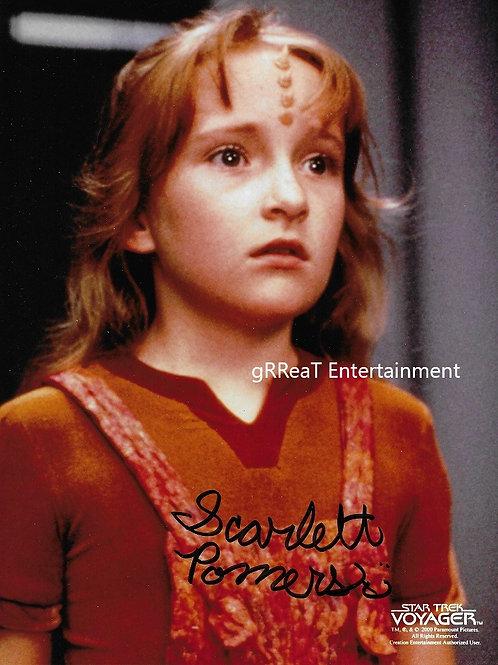 Scarlett Pomers autographed 8 in x 10 in photo