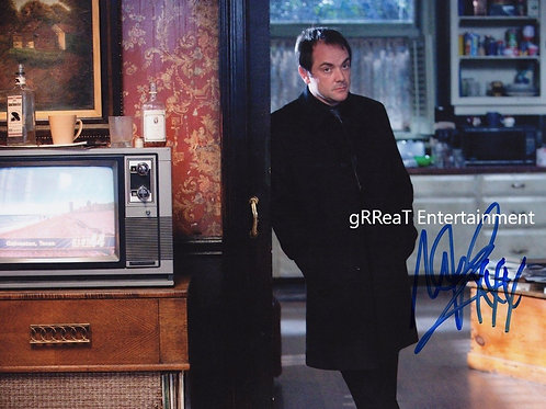 Mark Sheppard autographed 10 in x  8 in photo