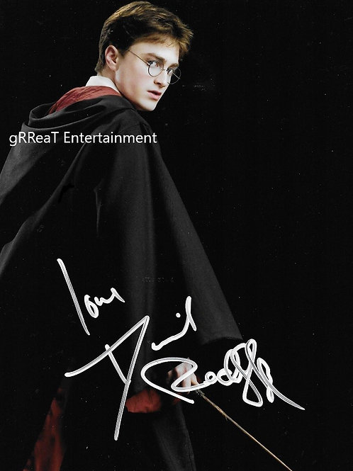 Daniel Radcliffe autographed 8 in x 10 in photo