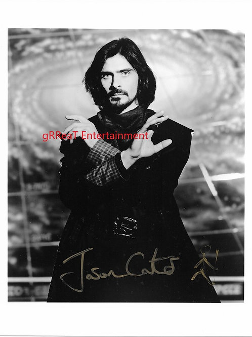 Jason Carter autographed 8 in x 10 in photo