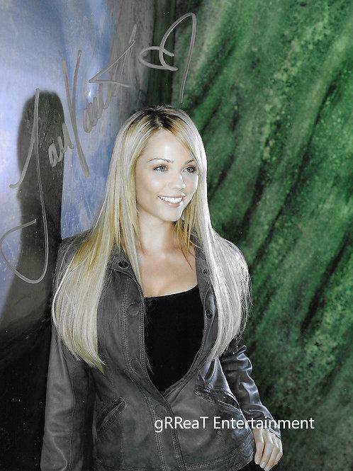 Laura Vandervoort autographed 8 in x 10 in. Photo