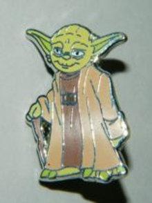 Star Wars: Yoda Standing Figure