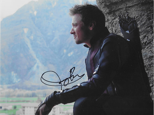 Jeremy Renner autographed 10 in x 8 in photo