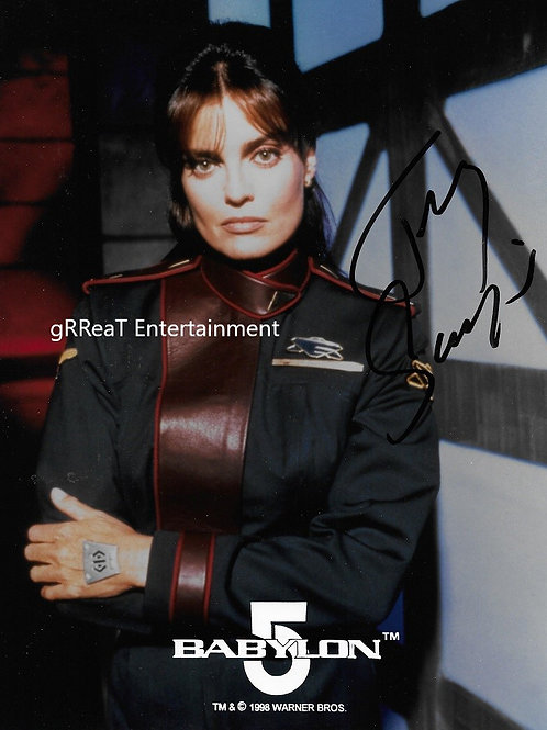 Tracy Scoggins autographed 8 in x 10 in photo