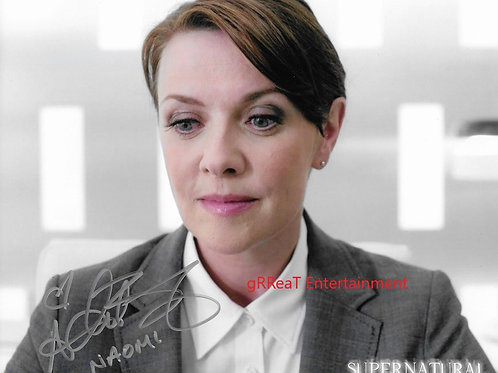 Amanda Tapping autographed 10 in x 8 in photo