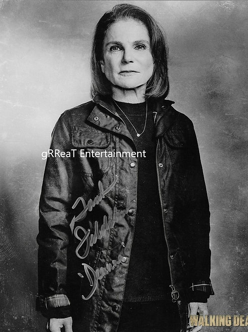 Tovah Feldshuh autographed 8 in x 10 in photo
