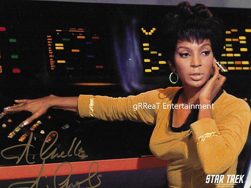 Nichelle Nichols autographed 10 in x 8 in photo