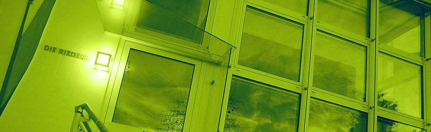 DieRiedels_Haus_Header_green.jpg