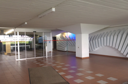 bâtiment - entrée