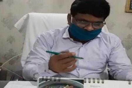 बीएसए कार्यालय में जाम छलकाने वाले लिपिकों पर कार्रवाई में मेडिकल रिपोर्ट का इंतजार