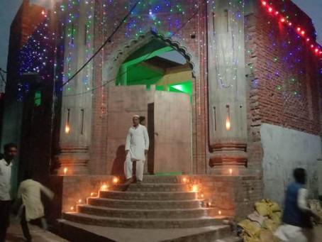 पैगंबर मोहम्मद सल्लल्लाहु अलैहि वसल्लम की विलादत पर सजी मस्जिदें और घर