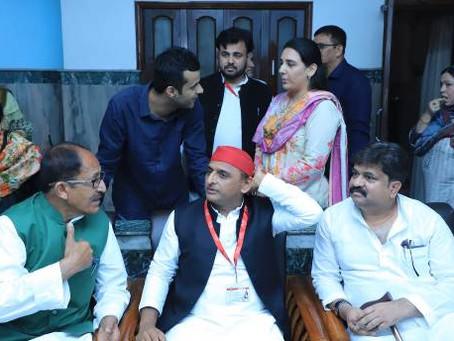 रामपुर में सपा के राष्ट्रीय अध्यक्ष अखिलेश यादव के साथ रहे,  पूर्व मंत्री आबिद रजा