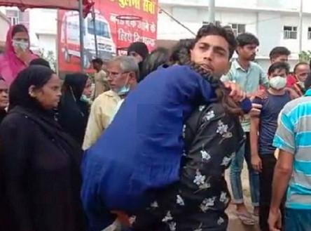 डेंगू का कहर फिरोजाबाद में एम्बुलेंस के इंतजार में तड़पती रही किशोरी, रास्ते में दम तोड़ा