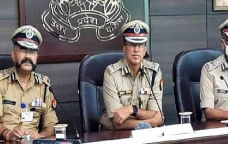 डीजीपी ने पत्रकारों को संबोधित करते हुए कहा, पुलिस के अधिकारी जनता से सीधे जुड़े