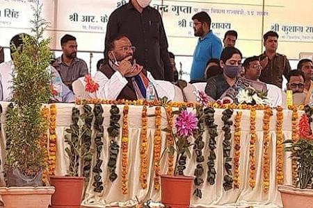 सपा पर स्वामी प्रसाद मौर्य का तंज, बोले-अखिलेश को आजम खां की चुनाव के समय आई याद
