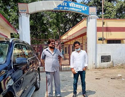 सांसद आजम खान से सीतापुर जेल मिलने पहुंचे बदायूं के पूर्व मंत्री आबिद रज़ा