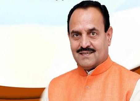 सहकारी बैंक चेयरमैन उमेश राठौर औऱ भाजपा की पूर्व नेत्री ने एक दूसरे के खिलाफ FIR दर्ज कराई