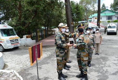 जीओसी लेफ्टिनेंट जनरल उत्तर भारत क्षेत्र ने सैन्य अस्पताल रानीखेत का किया दौरा