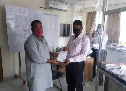 दातागंज विधायक ने लखनऊ में बिजली विभाग के एमडी से कहा बिजली कटौती बंद कराओ
