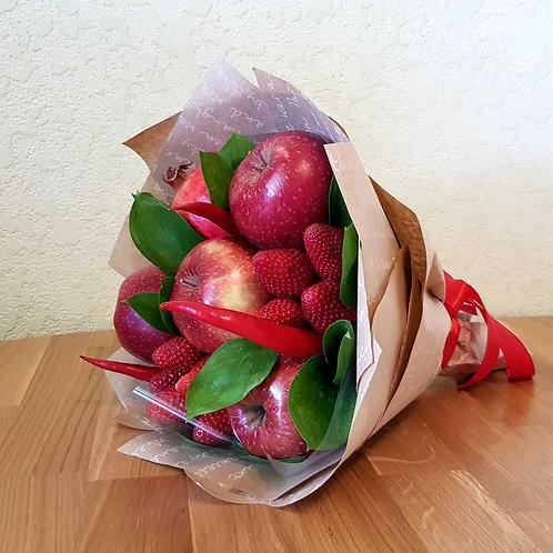фруктовый букет гранат яблоки клубника перец чили