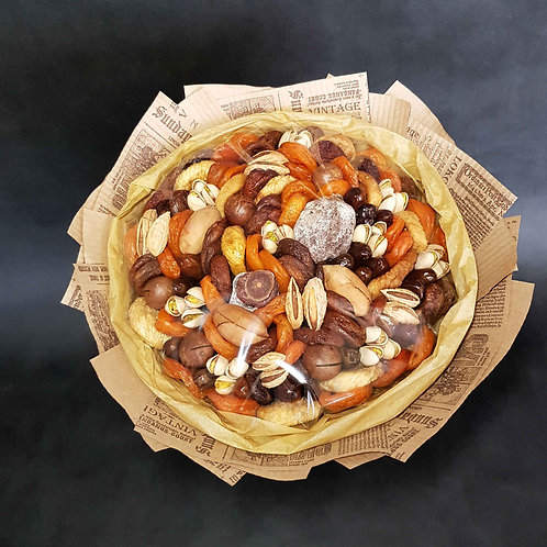 букет из сухофруктов и орехов мужской
