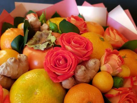 Корзина с фруктами и фруктовый букет - две совершенно разные истории.