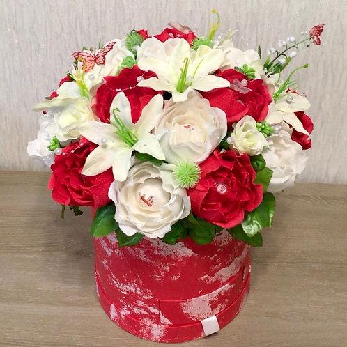 цветы из бумаги с конфетами